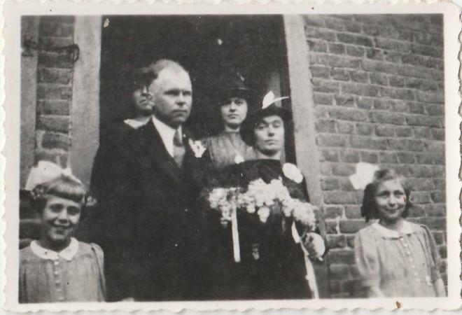 trouwfoto Sjeng Claessen en Ida Pepels 1944