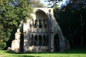 een stuk van het klooster wat nog over is