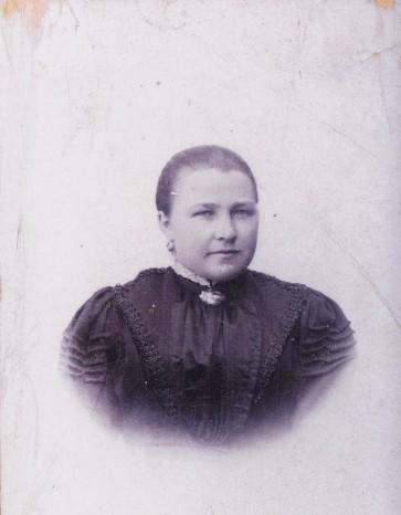 Maria Cornelia Hubertina Lenaerts Geboren te Elsloo 3 April 1875 dochter van Maria Hubertina Driessen 1